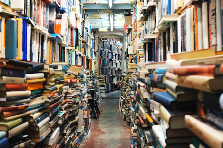 library-books_unsplash