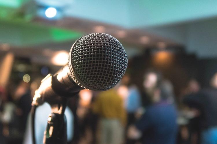 microphone photo by kane-reinholdtsen